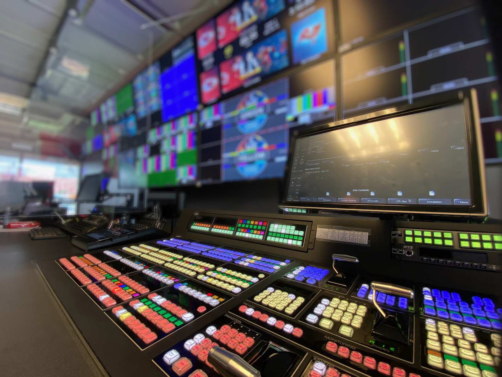 Van Wagner Productions and BucVision deployed Ross production equipment for in-game Super Bowl coverage.