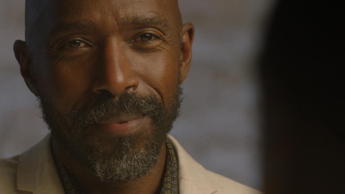 Ntare Guma Mbaho Mwine as Walter in Ekwa Msangi's FAREWELL AMOR. Cr: IFC Films
