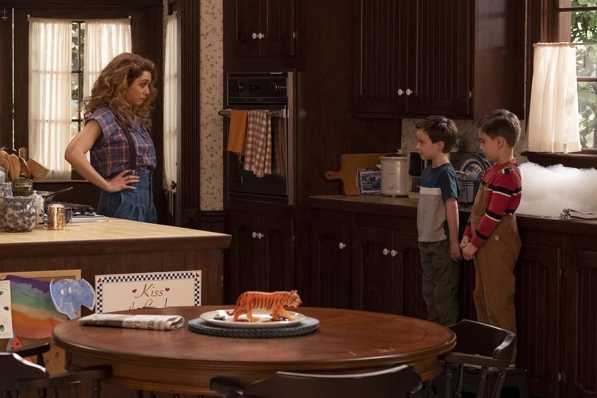 """(L-R): Elizabeth Olsen as Wanda Maximoff, Gavin Borders as Tommy and Baylen Bielitz as Billy in """"WandaVision."""" Cr: Marvel Studios"""