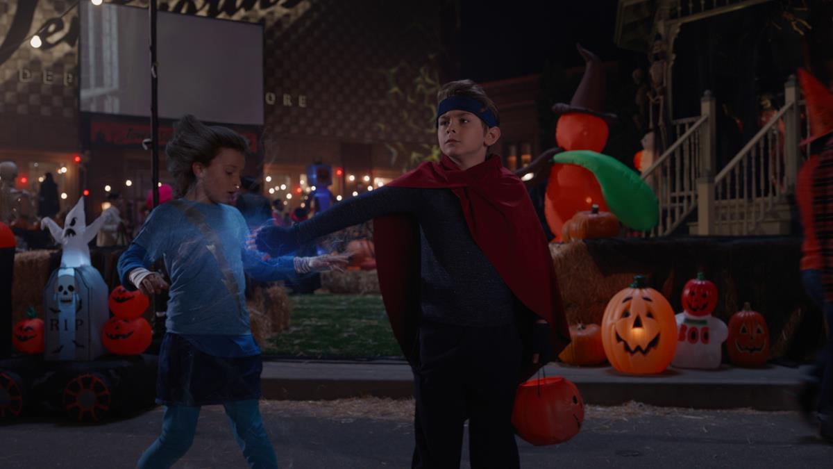 "(L-R): Jett Klyne as Tommy and Julian Hilliard as Billy in ""WandaVision."" Cr: Marvel Studios"