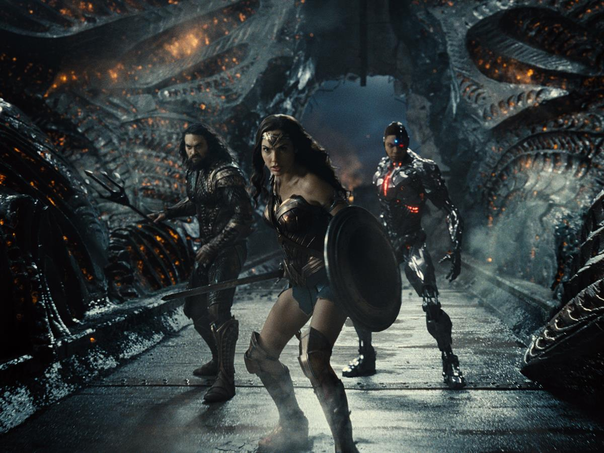 Jason Momoa as Aquaman/Arthur Curry, Gal Gadot as Diana Prince/Wonder Woman and Ray Fisher as Cyborg/Victor Stone in ZACK SNYDER'S JUSTICE LEAGUE. Cr: HBO Max