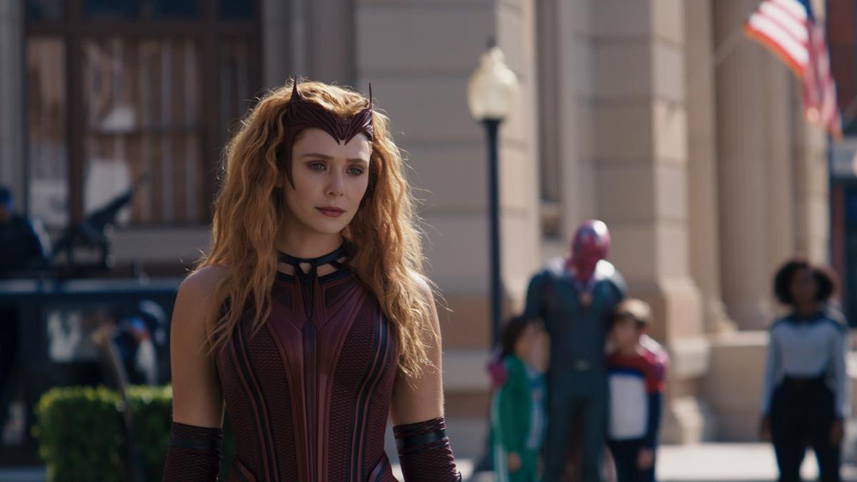 "(L-R): Scarlet Witch/Wanda Maximoff (Elizabeth Olsen), Tommy (Jett Klyne), Vision (Paul Bettany), Billy (Julian Hilliard) and Monica Rambeau (Teyonah Parris) in ""WandaVision."" Cr: Marvel Studios"