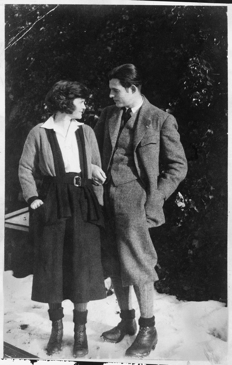 Ernest Hemingway and his first wife, Elizabeth Hadley Richardson. Cr: Ernest Hemingway Collection. John F. Kennedy Presidential Library and Museum, Boston