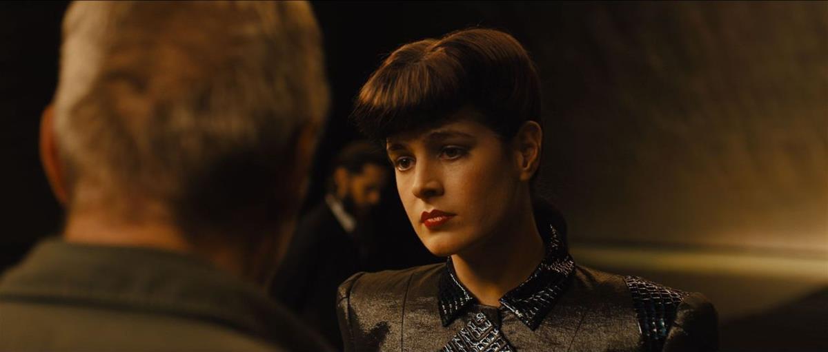 "A digital double was used to recreate Sean Young's Rachel in ""Blade Runner 2049"" (2017) directed by Denis Villeneuve. Cr: Warner Bros."