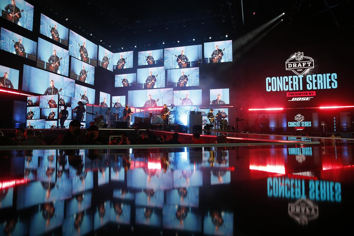 Kings of Leon performing during the 2021 NFL Draft. Cr: Jared Wickerham/ESPN Images