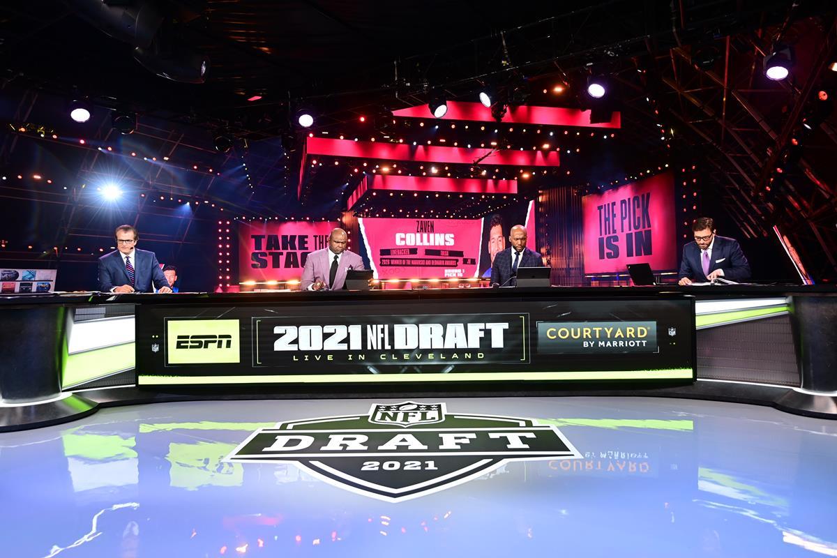 Mel Kiper Jr, Booger McFarland, Louis Riddick and Mike Greenberg on the ESPN set during the 2021 NFL Draft. Cr: Phil Ellsworth/ESPN Images