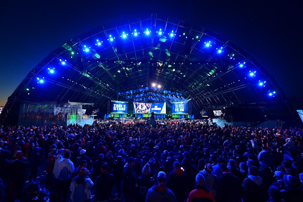 Fans during the 2021 NFL Draft. Cr: Phil Ellsworth/ESPN Images