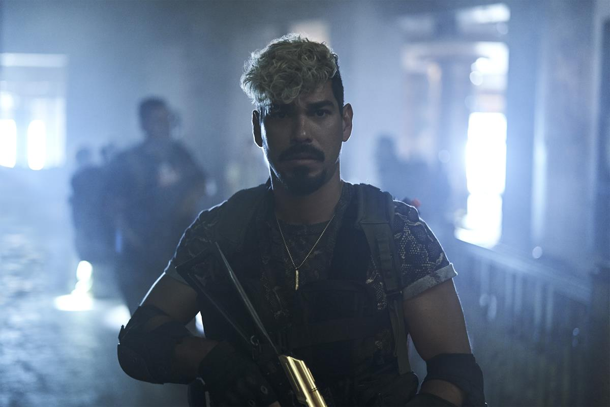 """Raùl Castillo as Mickey Guzman in """"Army of the Dead,"""" written and directed by Zack Snyder. Cr: Clay Enos/Netflix"""