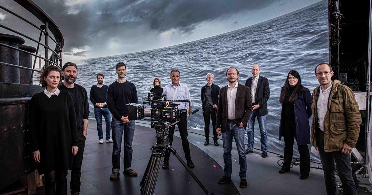 "Dark Bay meets ARRI (left to right): Jantje Friese, Baran bo Odar, Philipp Klausing (all Dark Bay), Nik Summerer (DP on ""1899""), Christina Caspers-Roemer (Dark Bay), Dr. Michael Neuhaeuser, Dr. Johannes Steurer, Stefan Soellner, Stephan Schenk, Elfi Kerscher, and David Bermbach (all ARRI). Cr: Alex Forge"