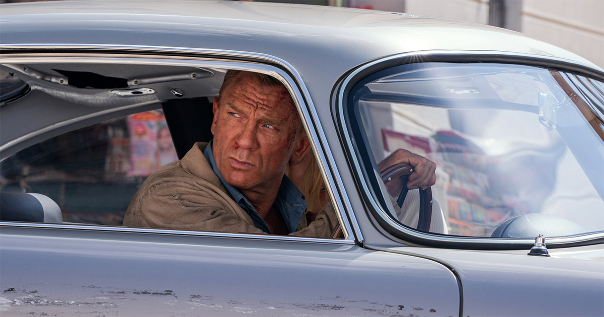 James Bond (Daniel Craig) and Dr. Madeleine Swann (Léa Seydoux) drive through Matera, Italy in NO TIME TO DIE, an EON Productions and Metro-Goldwyn-Mayer Studios film Credit: Nicola Dove © 2021 DANJAQ, LLC AND MGM. ALL RIGHTS RESERVED.