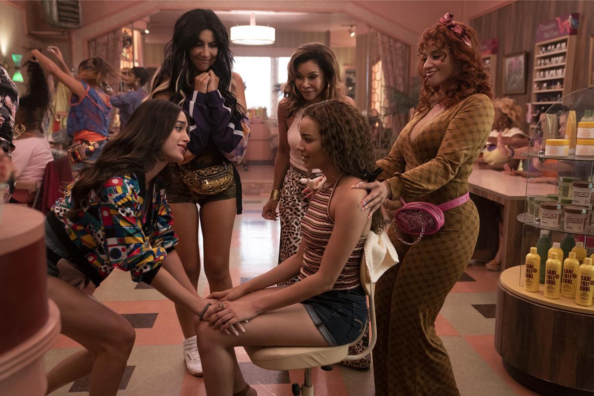 "Melissa Barrera as Vanessa, Stephanie Beatriz as Carla, Leslie Grace as Nina Rosario (seated), Daphne Rubin-Vega as Daniela and Dascha Polanco as Cuca in director Jon Chu's screen adaptation of ""In The Heights."" Cr: Macall Polay/Warner Bros."
