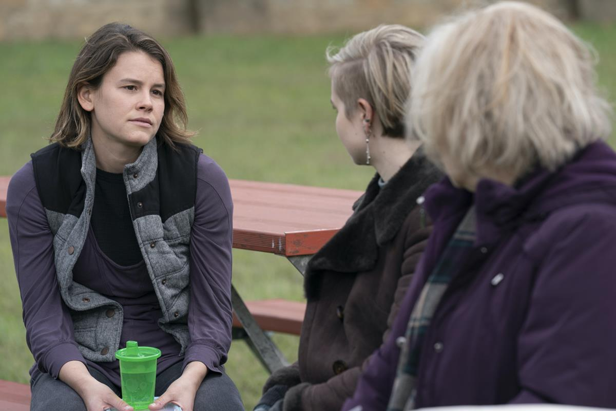 """Sosie Bacon, Angourie Rice and Jean Smart in """"Mare of Easttown."""" Cr: HBO"""