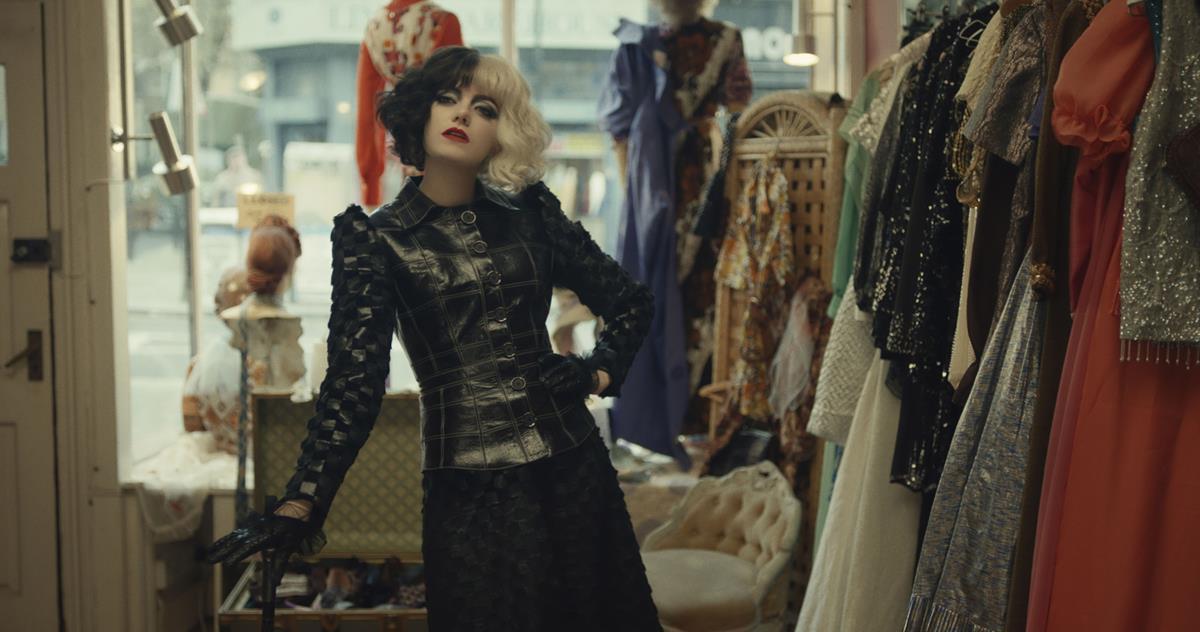 """Emma Stone as Cruella in Disney's live-action """"Cruella."""" Cr: Disney"""
