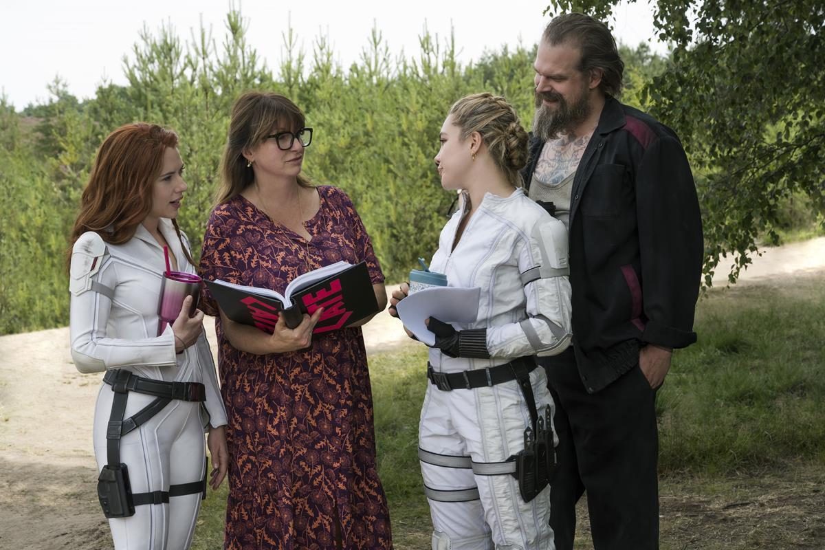 "Scarlett Johansson, director Cate Shortland, Florence Pugh and David Harbour on the set of Marvel's ""Black Widow."" Cr: Marvel Studios"