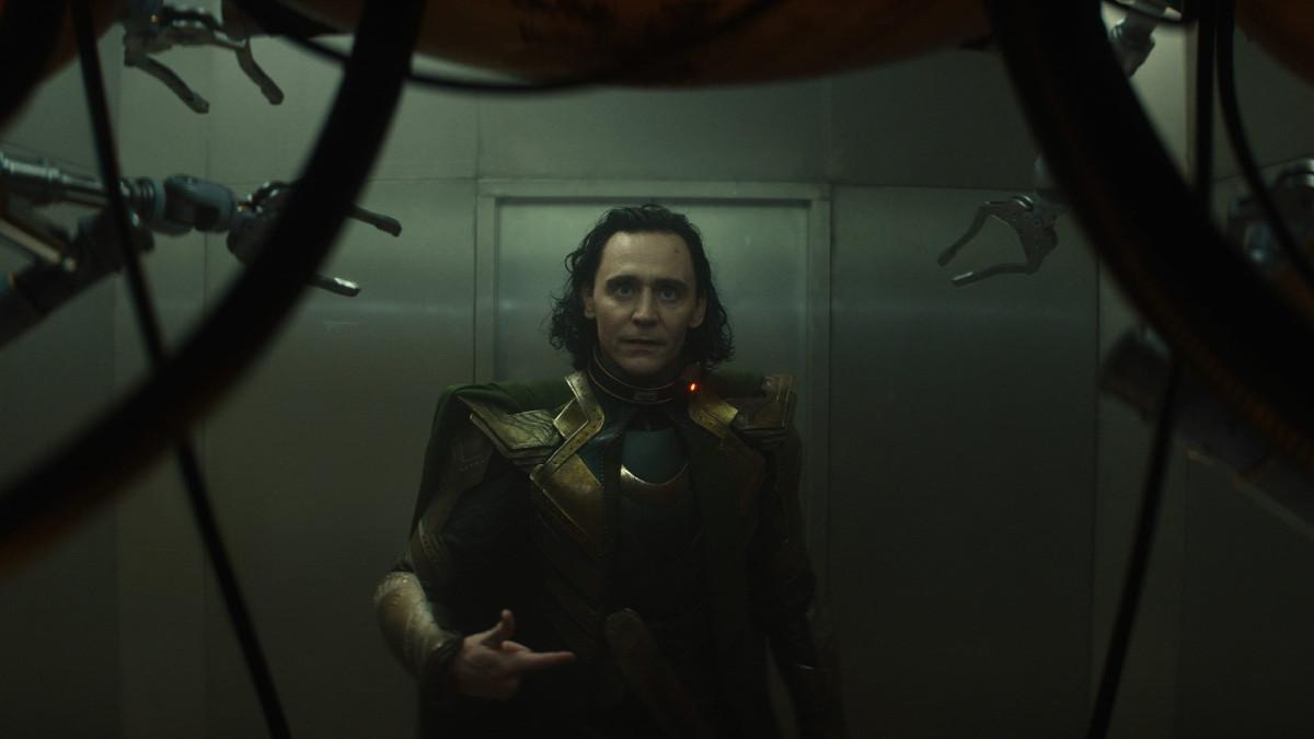 """Loki (Tom Hiddleston) in Episode 1 of Marvel Studios' """"Loki."""" Cr: Chuck Zlotnick/Marvel Studios"""