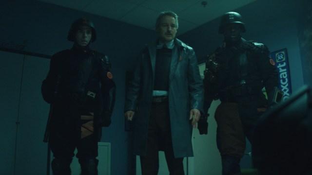 "Hunter D-90 (Neil Ellice) and Mobius (Owen Wilson) in Episode 2 of Marvel Studios' ""Loki."" Cr: Marvel Studios"