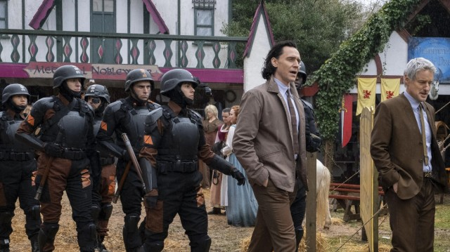 "Loki (Tom Hiddleston) and Mobius (Owen Wilson) in Episode 2 of Marvel Studios' ""Loki."" Cr: Chuck Zlotnick/Marvel Studios"
