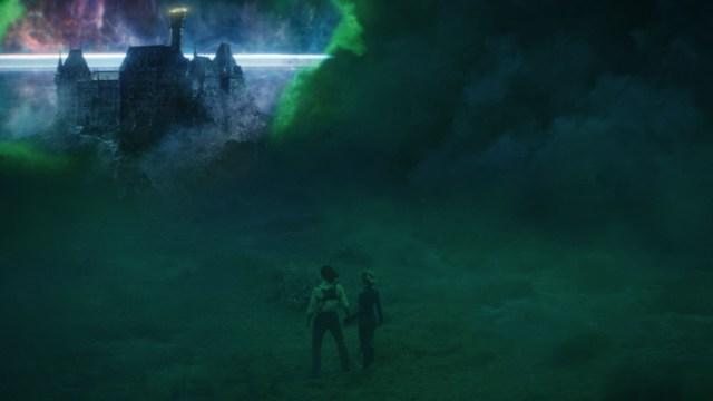 """Loki (Tom Hiddleston) and Sylvie (Sophia Di Martino) in Episode 5 of Marvel Studios' """"Loki."""" Cr: Marvel Studios"""