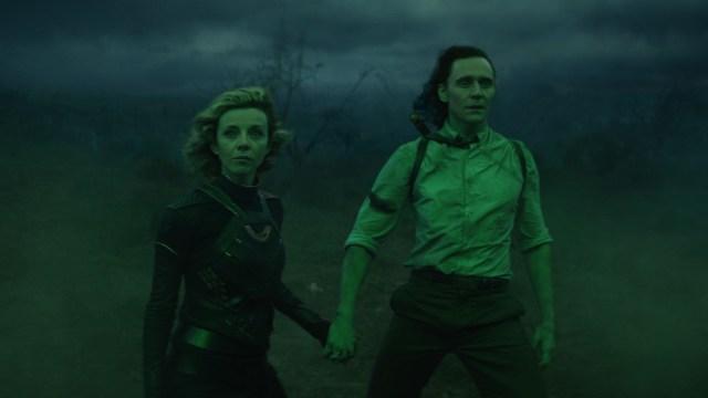 """Sylvie (Sophia Di Martino) and Loki (Tom Hiddleston) in Episode 5 of Marvel Studios' """"Loki."""" Cr: Marvel Studios"""