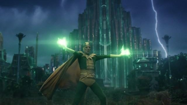 """Classic Loki (Richard E. Grant) in Episode 5 of Marvel Studios' """"Loki."""" Cr: Marvel Studios"""
