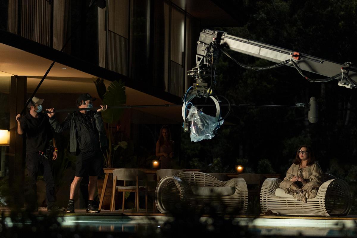 "Melissa McCarthy on the set of ""Nine Perfect Strangers."" Cr: Vince Valitutti/Hulu"