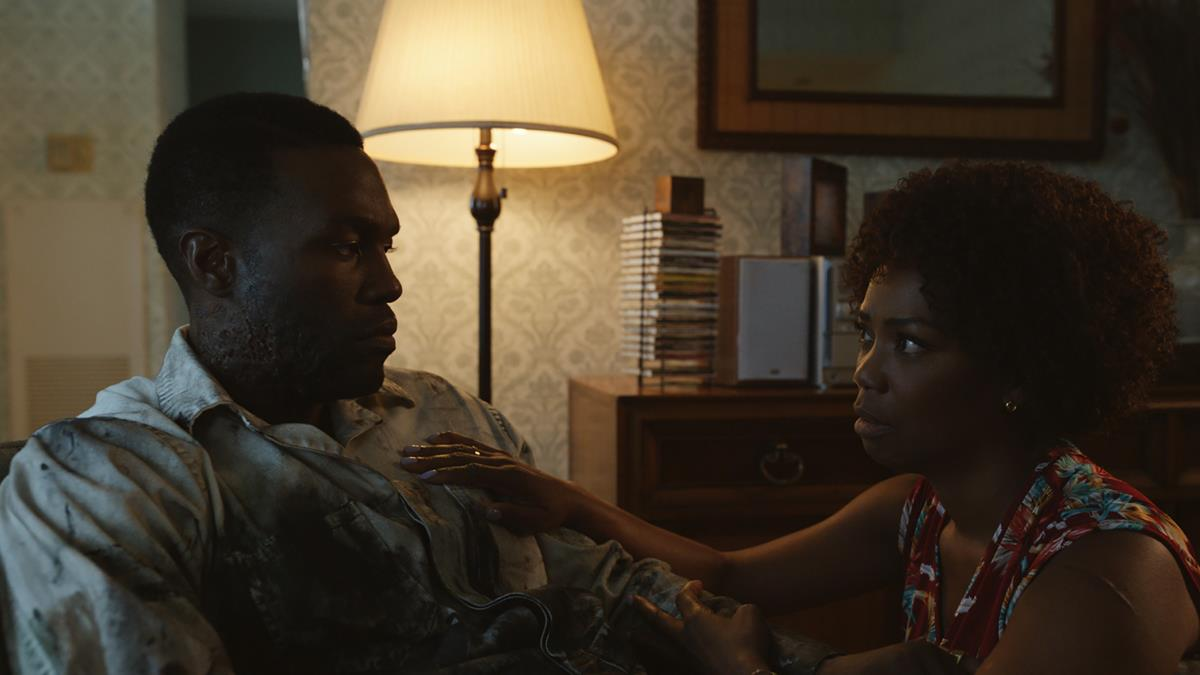 """Yahya Abdul-Mateen II as Anthony McCoy and Vanessa Williams as Anne-Marie McCoy in """"Candyman."""" Cr: Universal Pictures"""