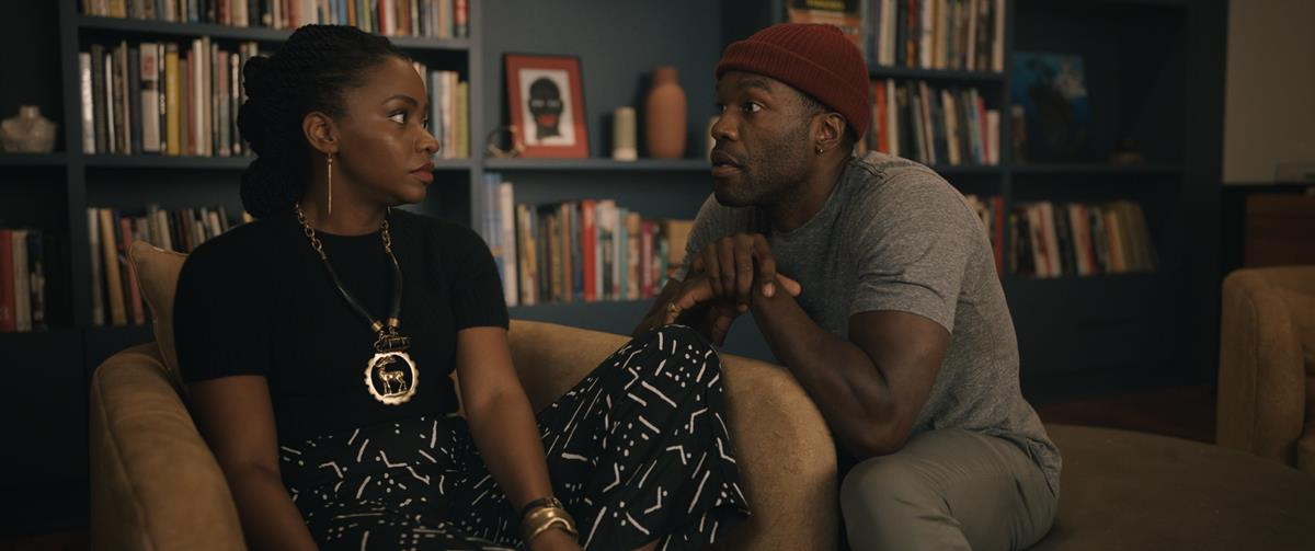"""Teyonah Parris as Brianna Cartwright and Yahya Abdul-Mateen II as Anthony McCoy in """"Candyman."""" Cr: Universal Pictures"""