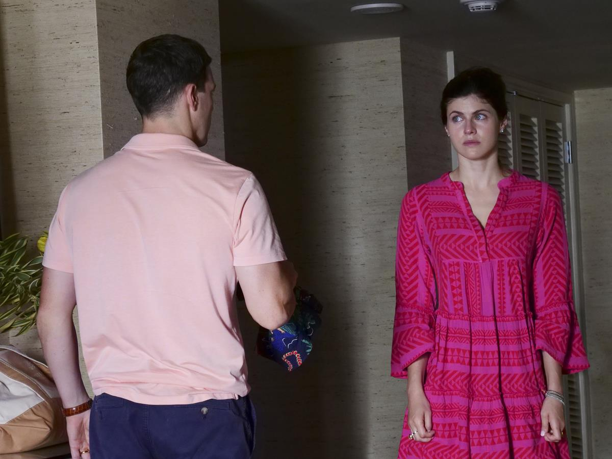 """Jake Lacy as Shane Patton and Alexandra Daddario as Rachel Patton in Episode 6 of """"The White Lotus."""" Cr: HBO"""