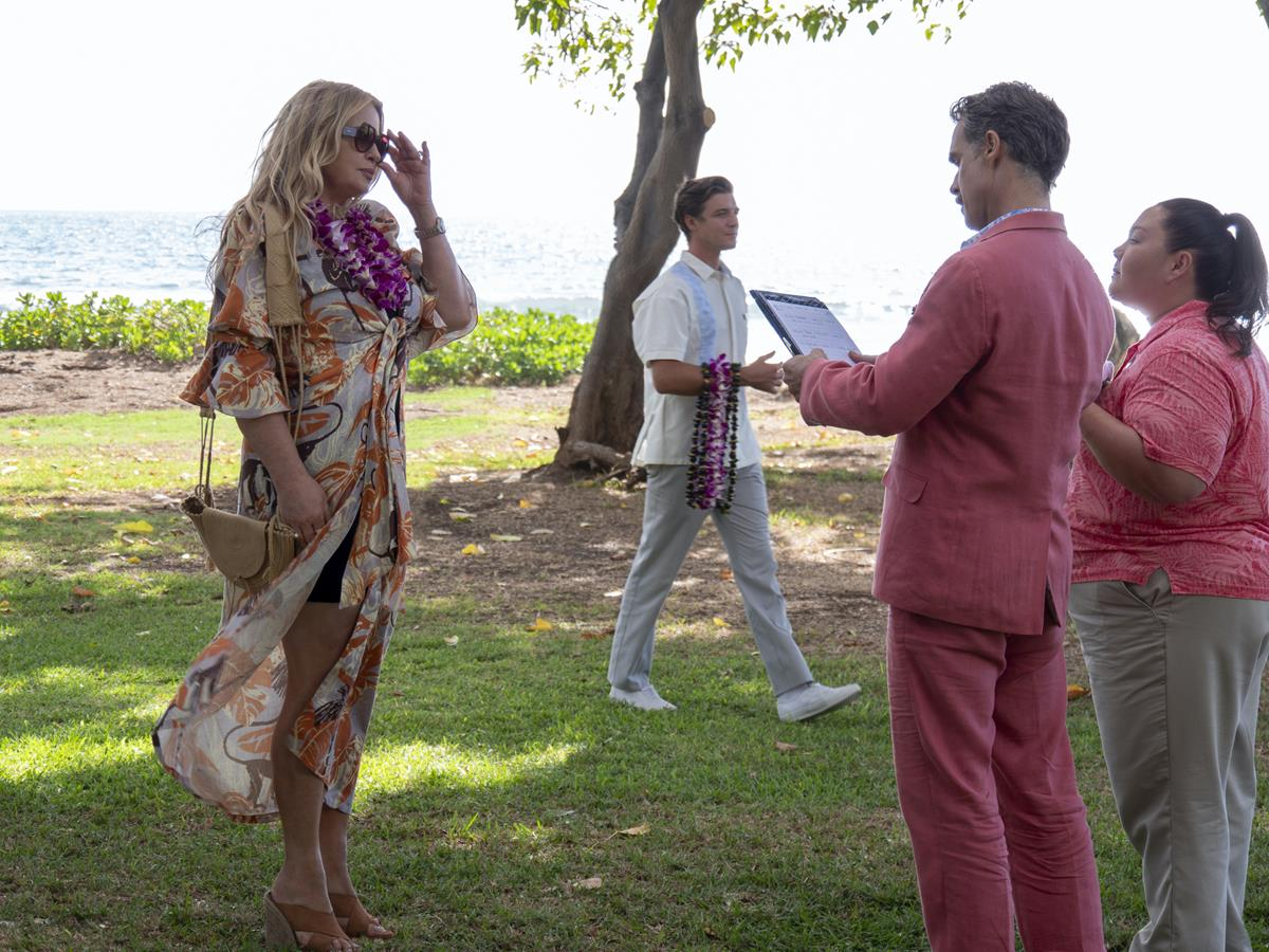 """Jennifer Coolidge as Tanya McQuoid, Murray Bartlett as Armond and Jolene Purdy as Lani in Episode 1 of """"The White Lotus."""" Cr: HBO"""