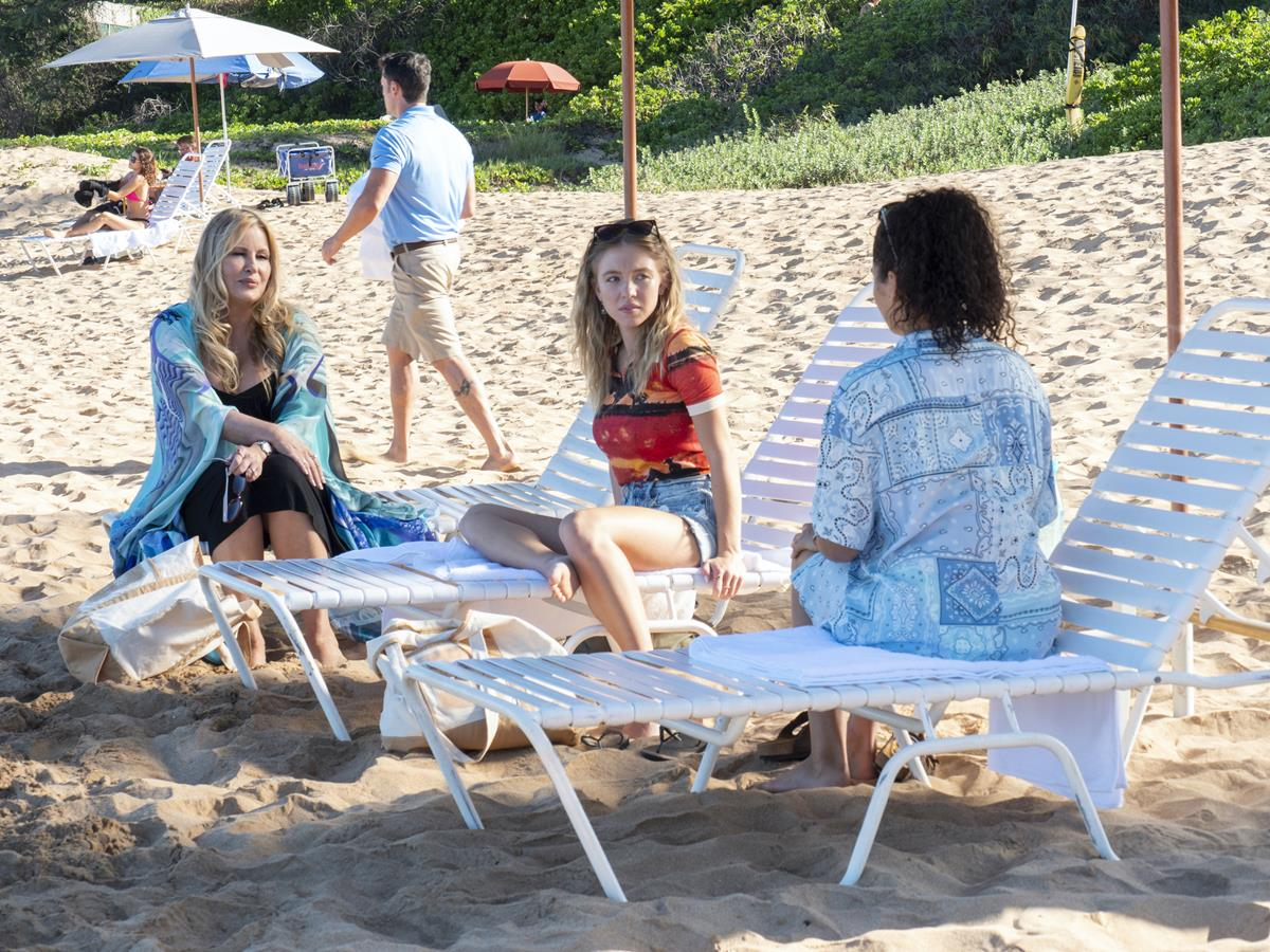 """Jennifer Coolidge as Tanya McQuoid, Sydney Sweeney as Olivia Mossbacher, and Brittany O'Grady as Paula in Episode 2 of """"The White Lotus."""" Cr: HBO"""