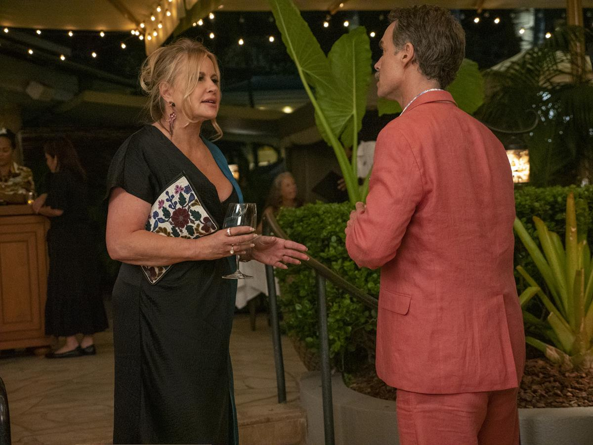 """Murray Bartlett as Armond and Jennifer Coolidge as Tanya McQuoid in Episode 1 of """"The White Lotus."""" Cr: HBO"""