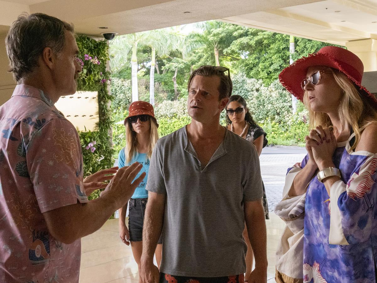 """Murray Bartlett as Armond, Steve Zahn as Mark Mossbacher, and Connie Britton as Nicole Mossbacher in Episode 6 of """"The White Lotus."""" Cr: HBO"""