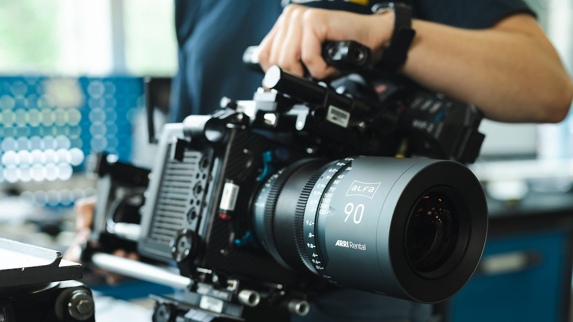The ARRI ALFA large-format 90mm lens. Cr: ARRI Rental